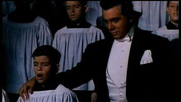 http://margit2.hu/forumba-alairasok/mario-lanza-a-gyermek-pavarottival.jpg