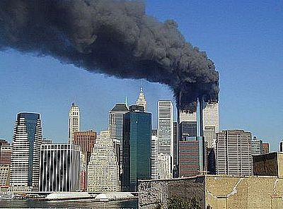https://margit2.hu/forumba-alairasok/new-york-2001.09.11-world-trade-center.jpg