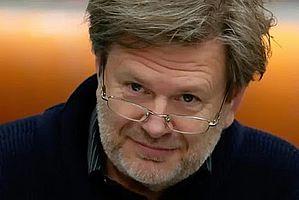 http://margit2.hu/forumba-kepek/gyabronka-jozsef2.jpg