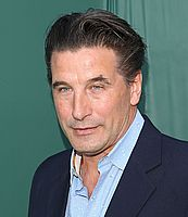 http://margit2.hu/forumba-kepek/william-baldwin3.jpg